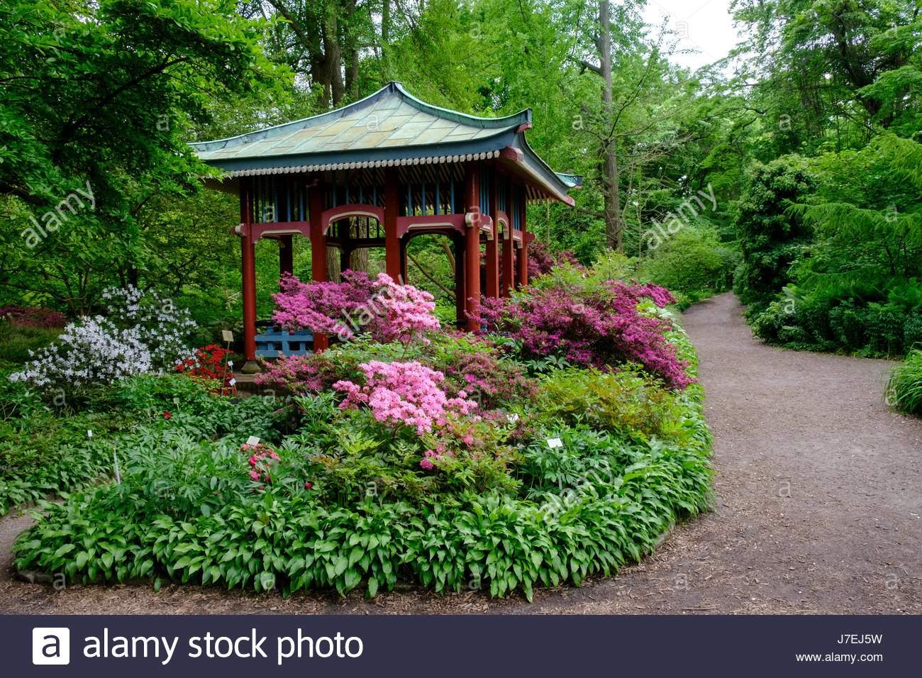 asiatischen stil pavillon im berliner botanischen garten in dahlem berlin deutschland j7ej5w