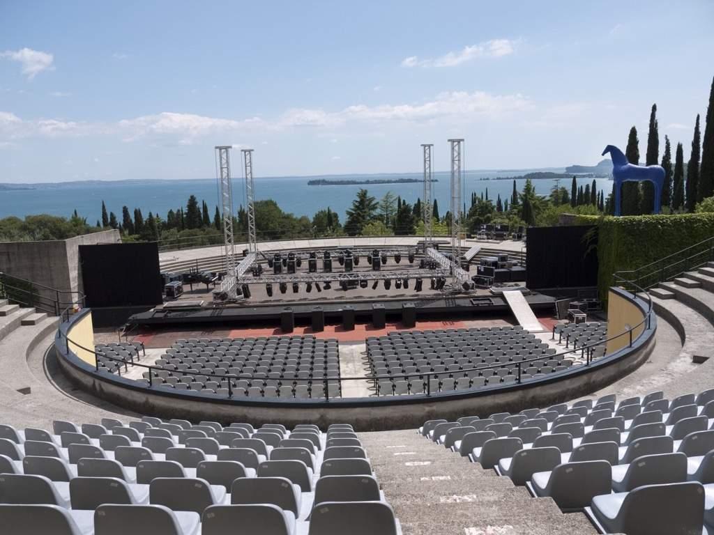 Gardone lag Fotolia Theatre Vittoriale