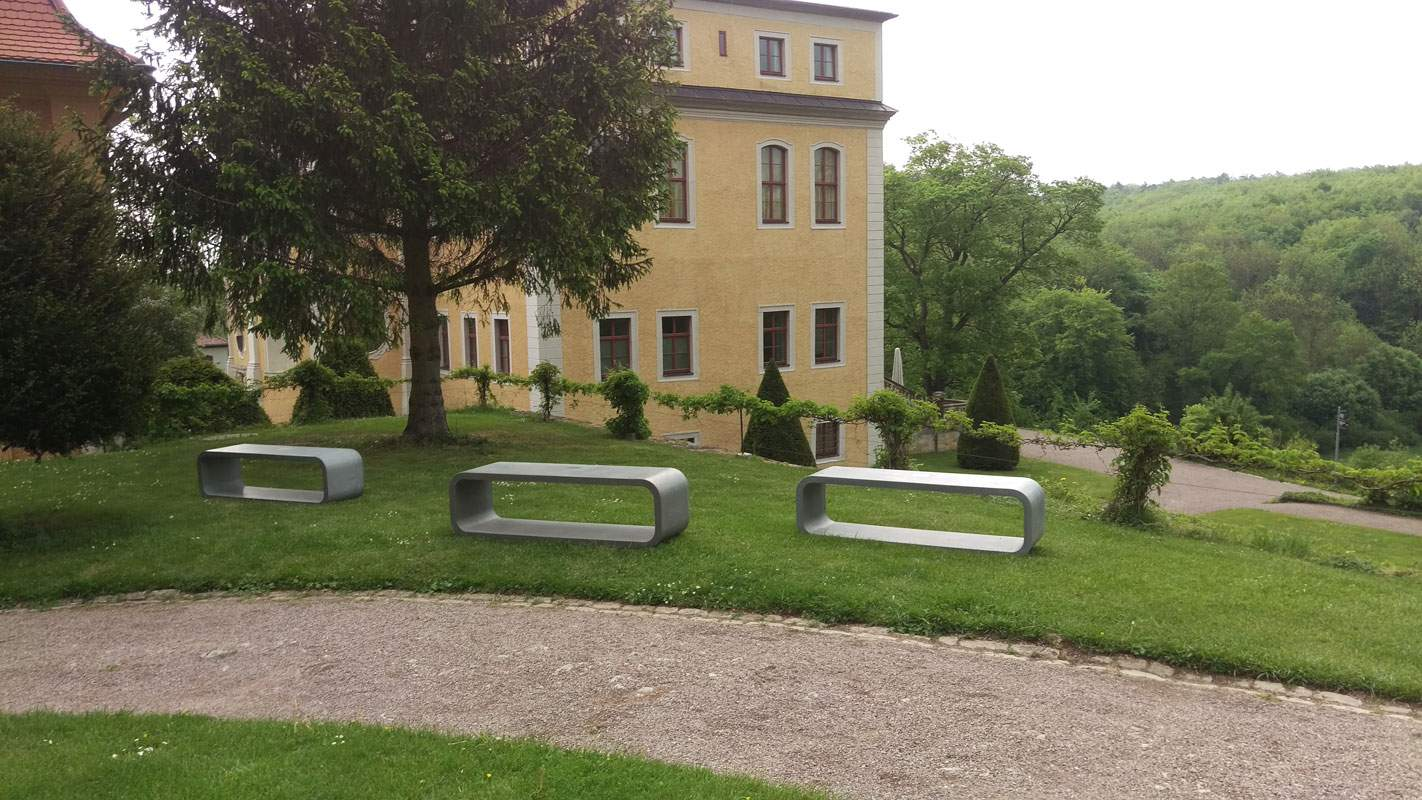 3 Sitzer Betonbank Schlosspark Weimar