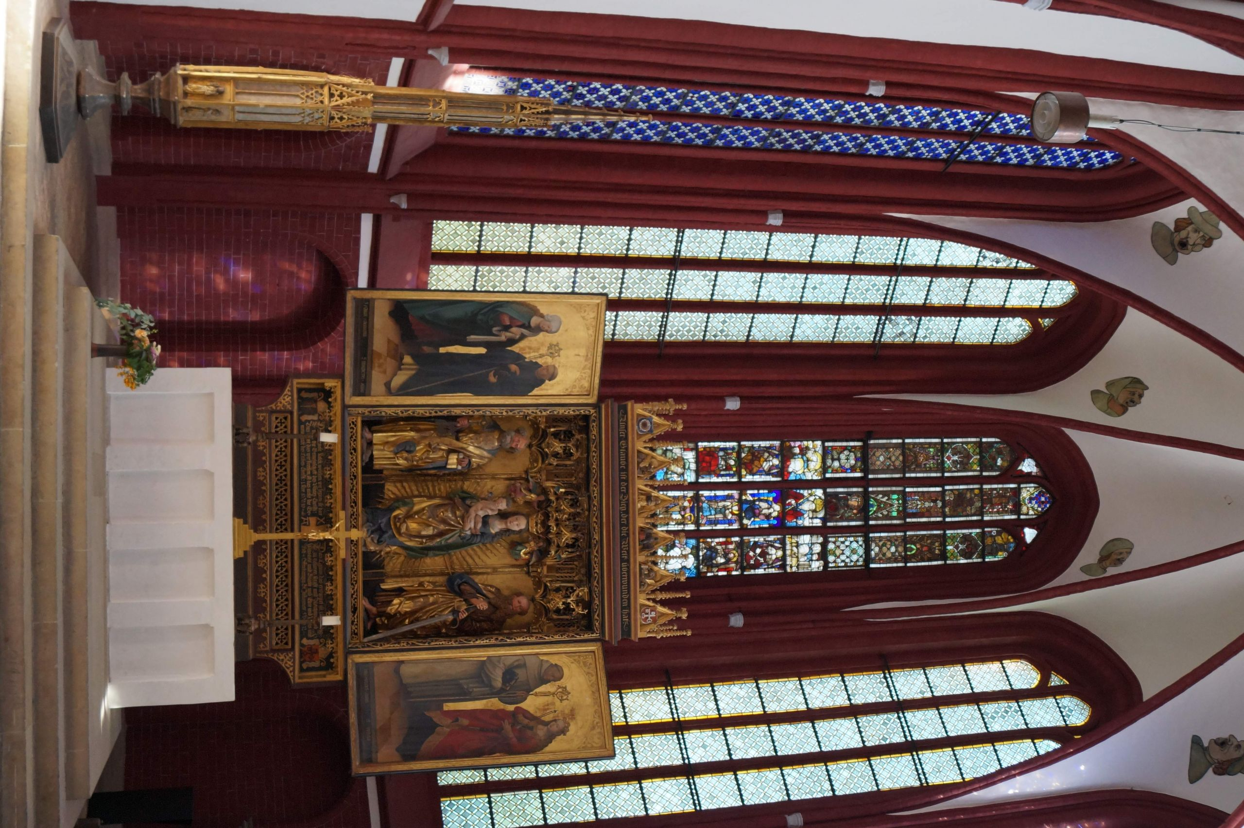 Dom Altar JPG