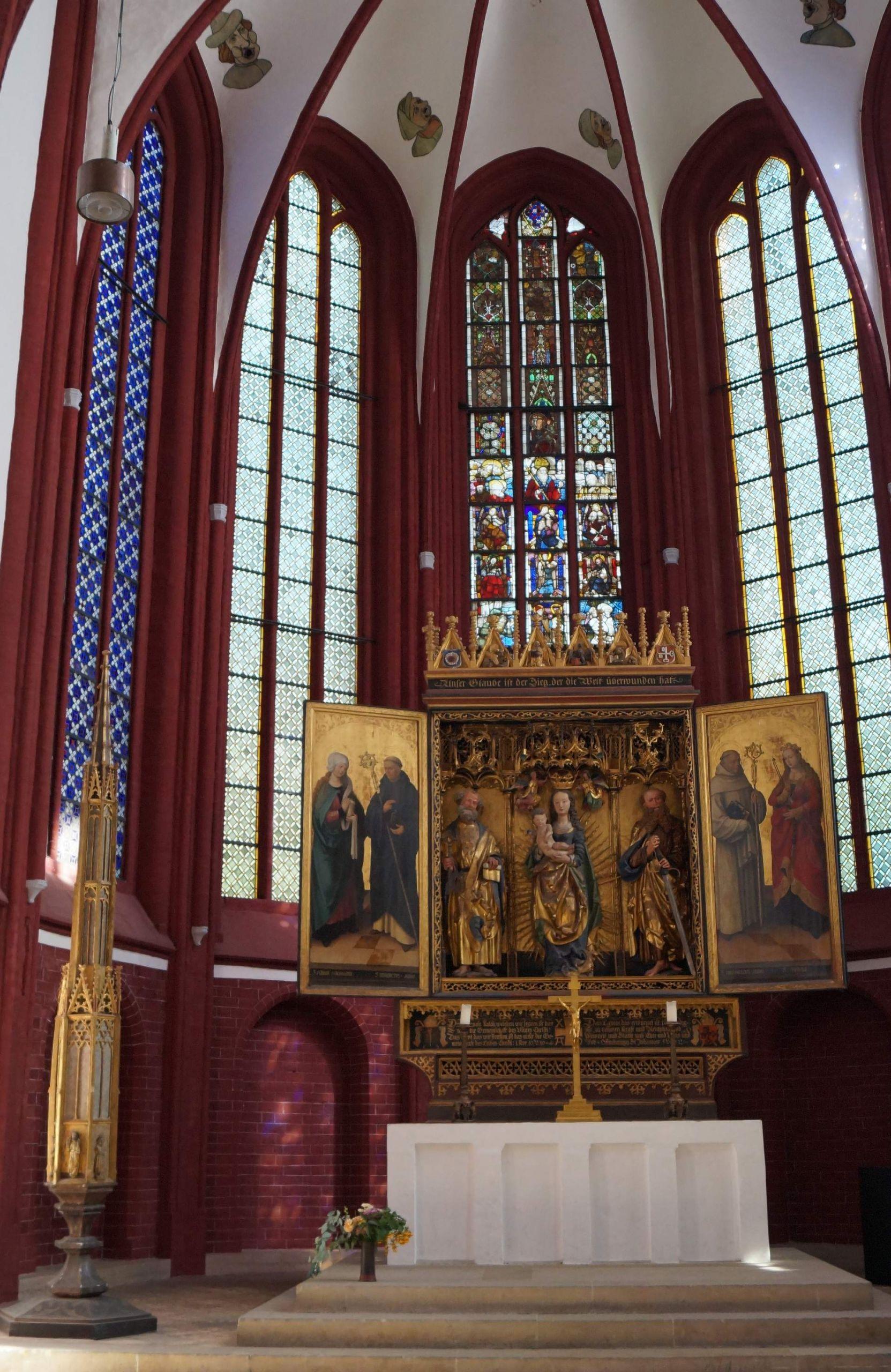 Dom Altar 1