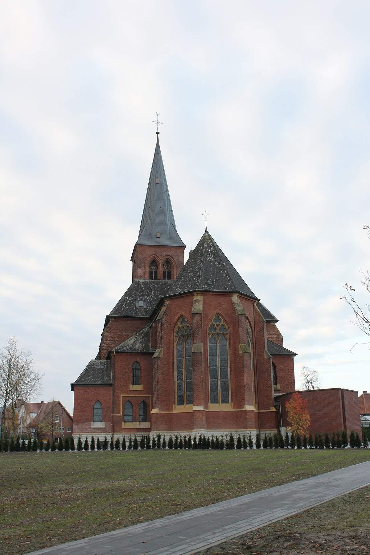 1200px Westkirchen St Laurentius Osten