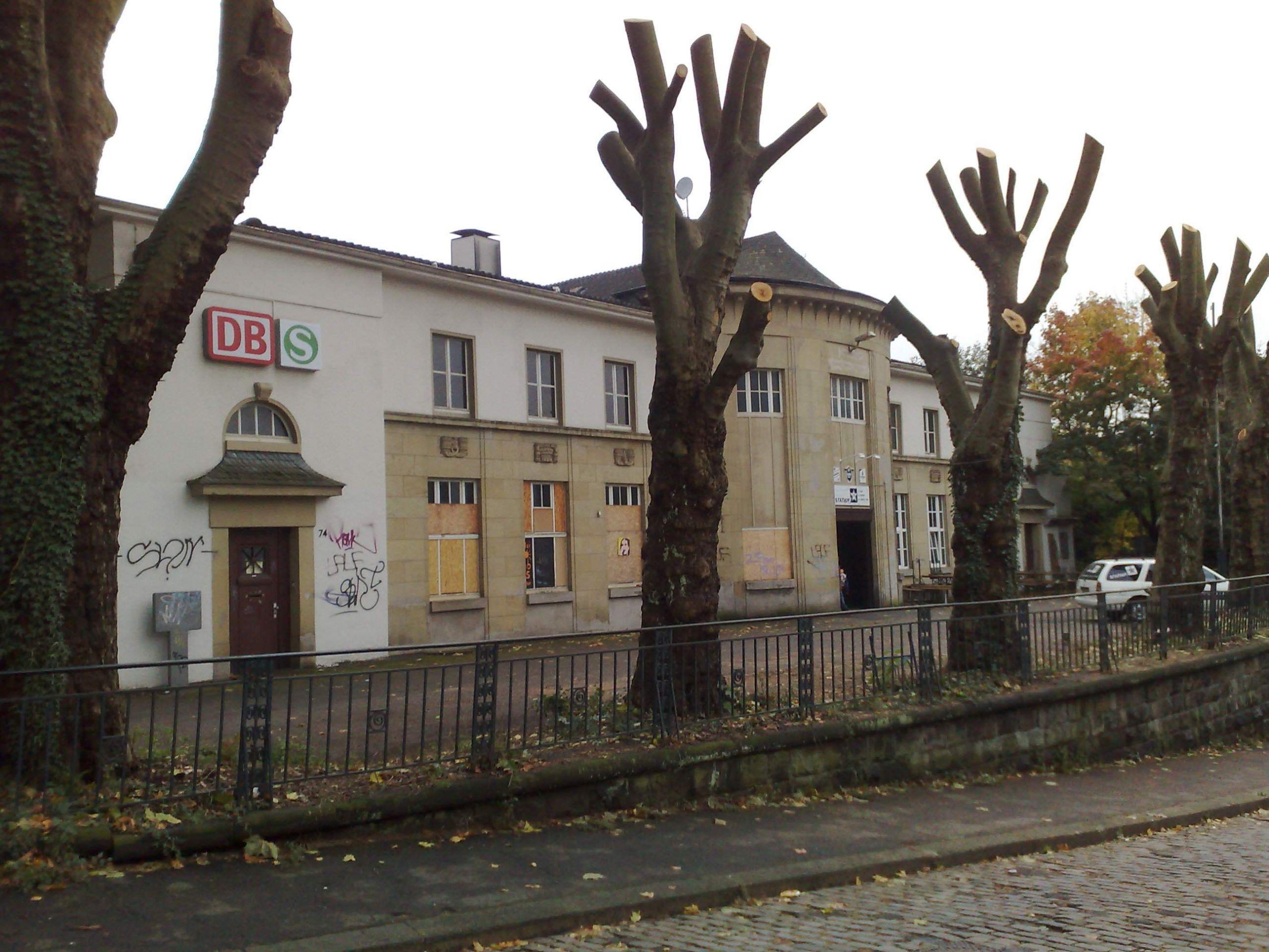 Bahnhof Wuppertal Unterbarmen 0001
