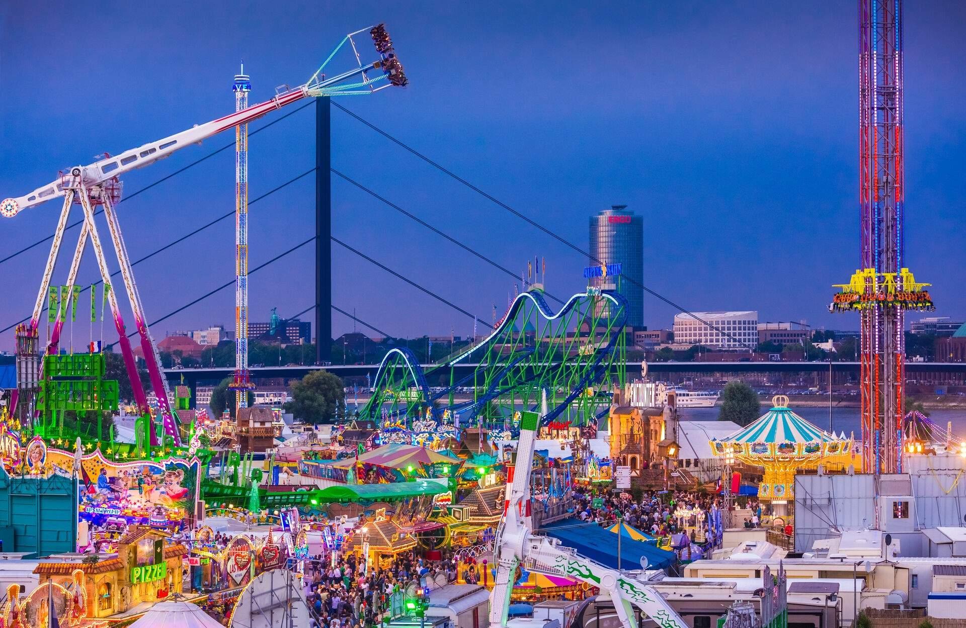 Düsseldorf Japanischer Garten Elegant Rheinkirmes In Düsseldorf 2020 Größte Kirmes Am Rhein