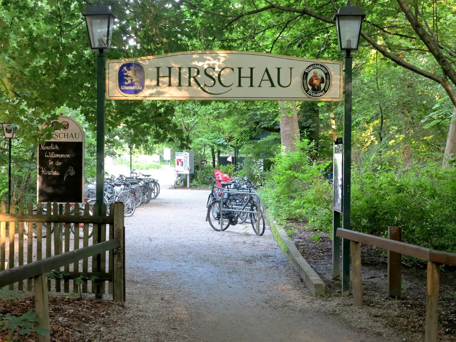 MUC EnglGarten SchildHirschau 2013 06