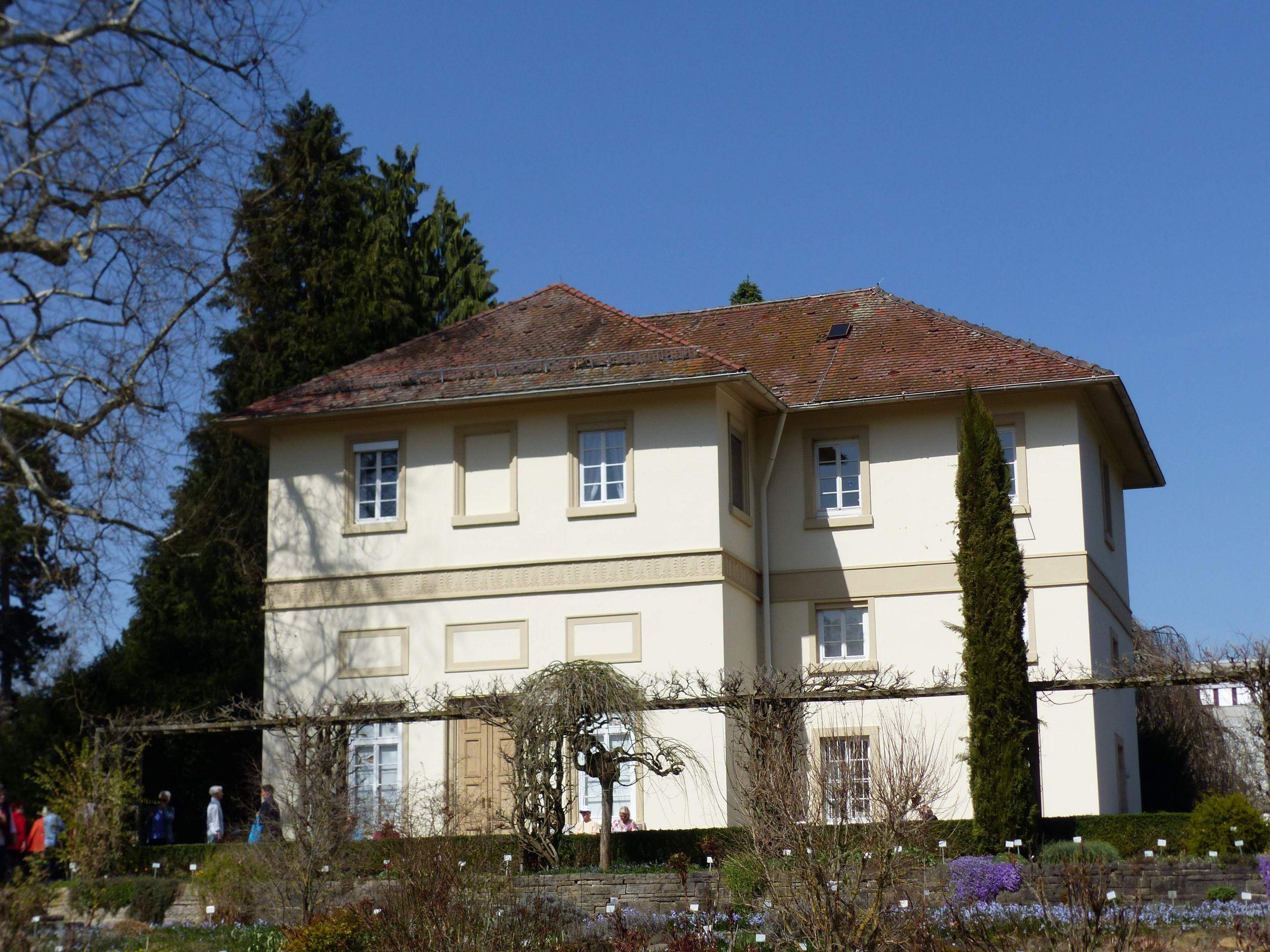 Sogenanntes Spielhaus Exotischer Garten 1 Stuttgart