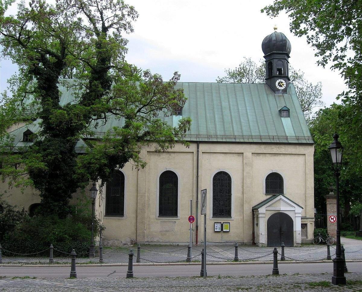 1200px Stephansplatz 2 St Stephan Muenchen 1