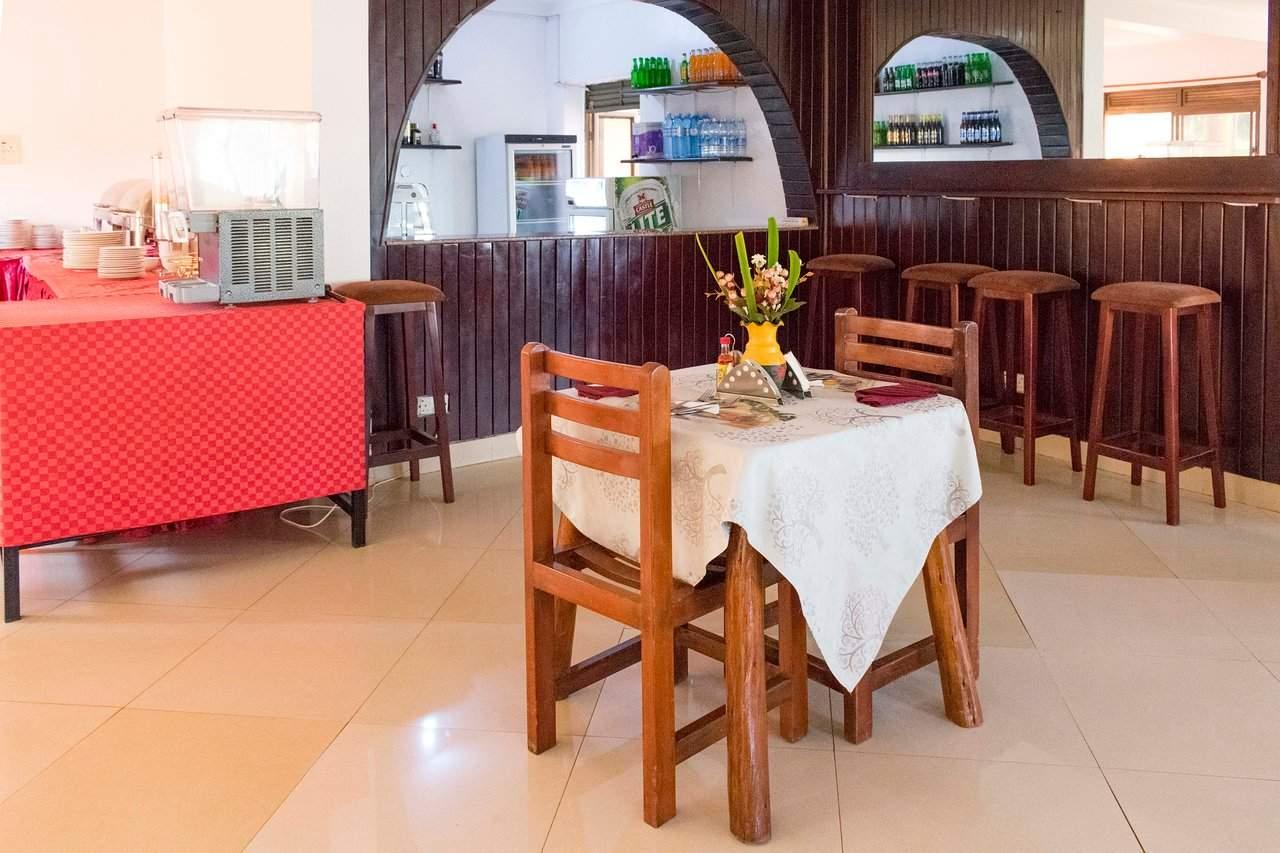 sienna beach hotel restaurant