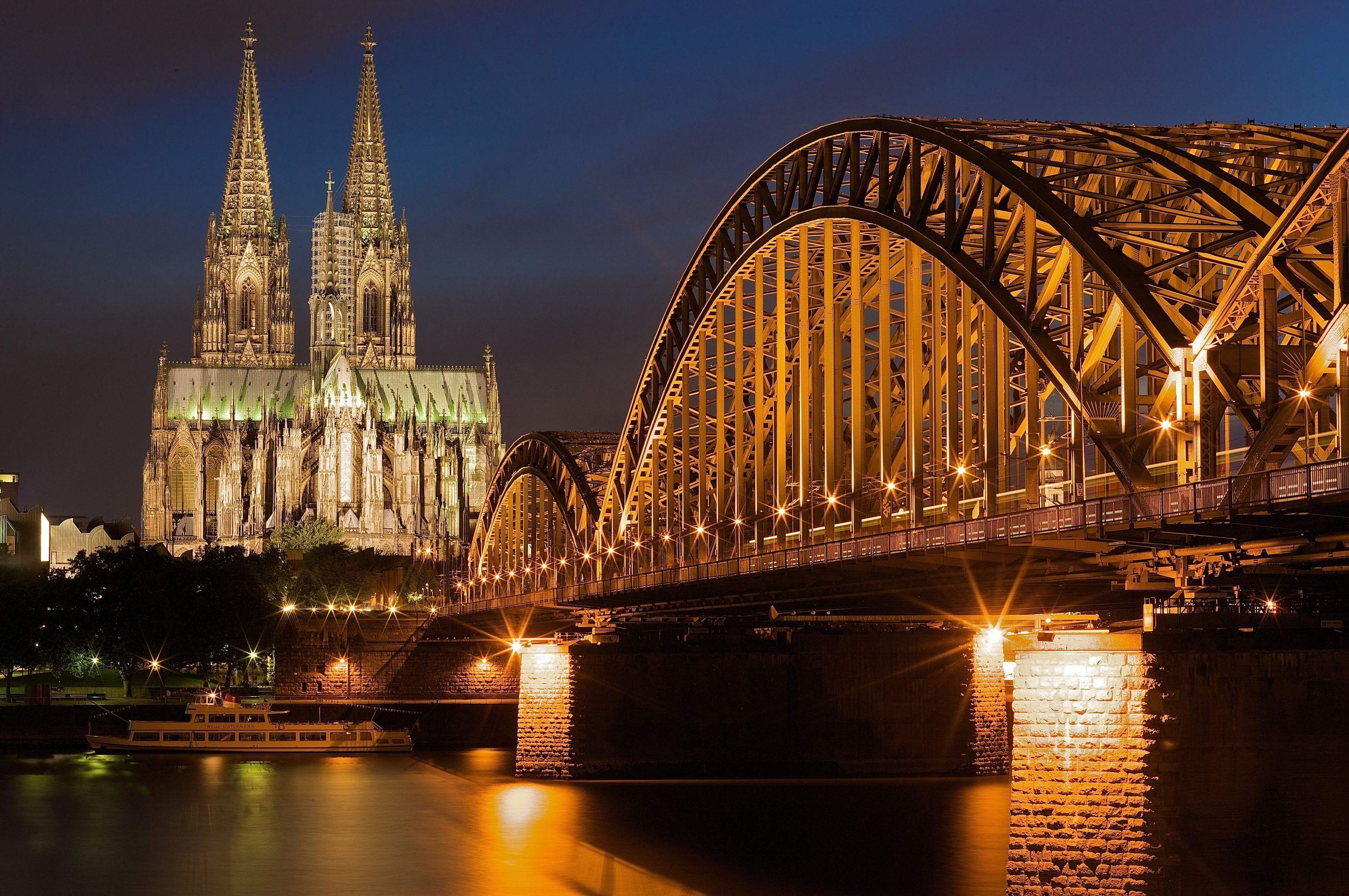 Köln Night GavinCato