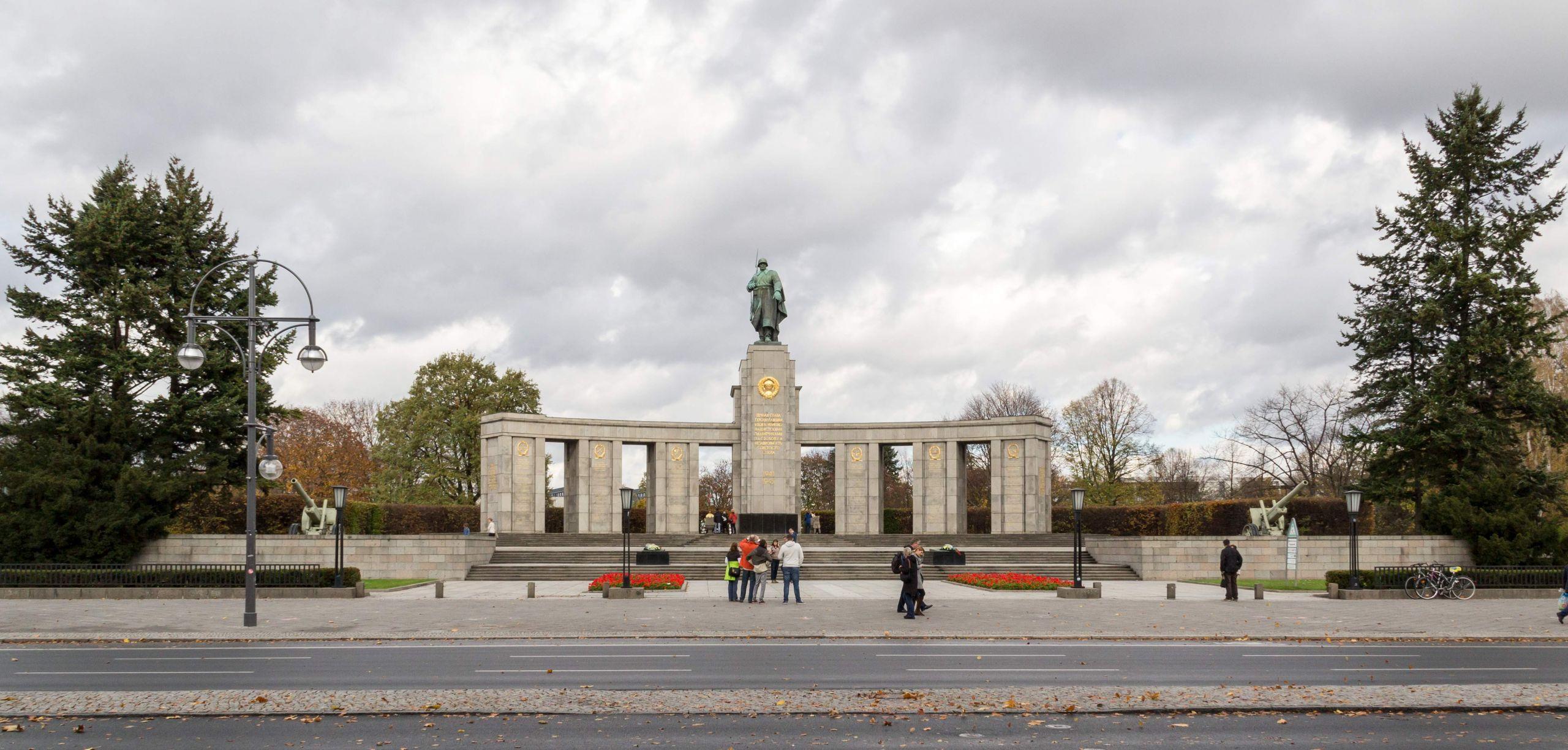 Flora Garten Genial Datei Berlin sowjetisches Ehrenmal 2013 4777