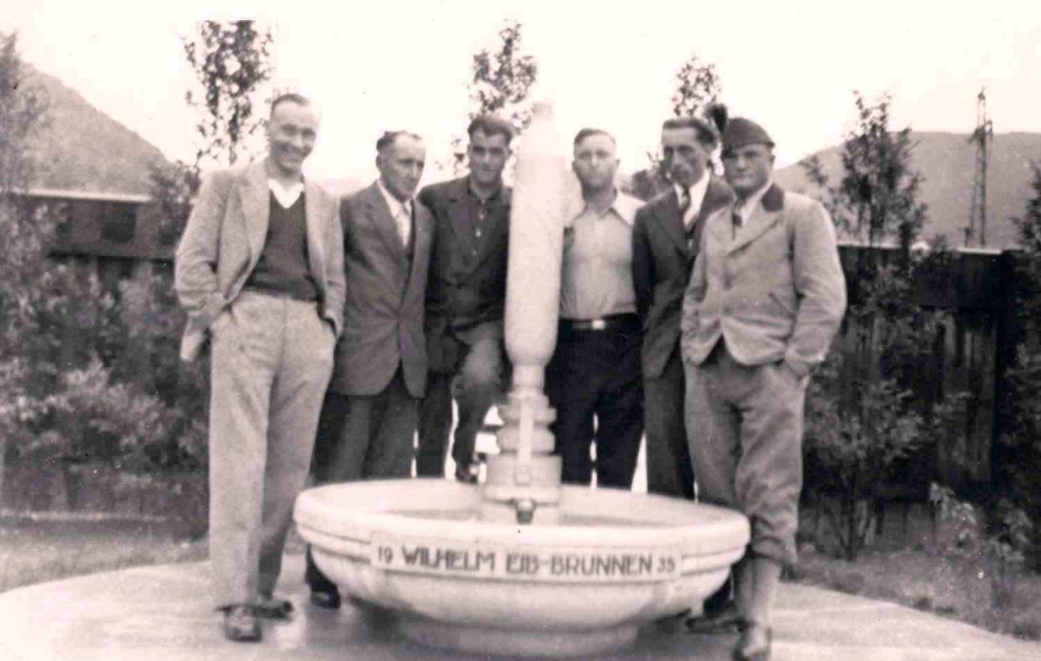 Unterhausen 1935 Wilhelm Eib Brunnen