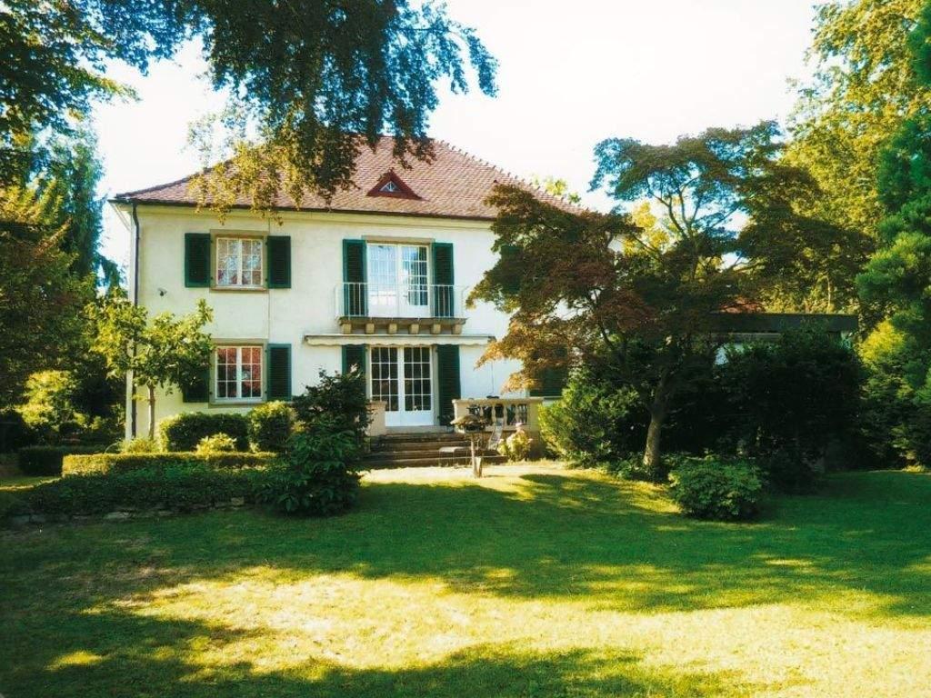 Garten Bungalow Kaufen Einzigartig Stilvolles Haus Mit Praxis Büro In Freiburg Im Breisgau
