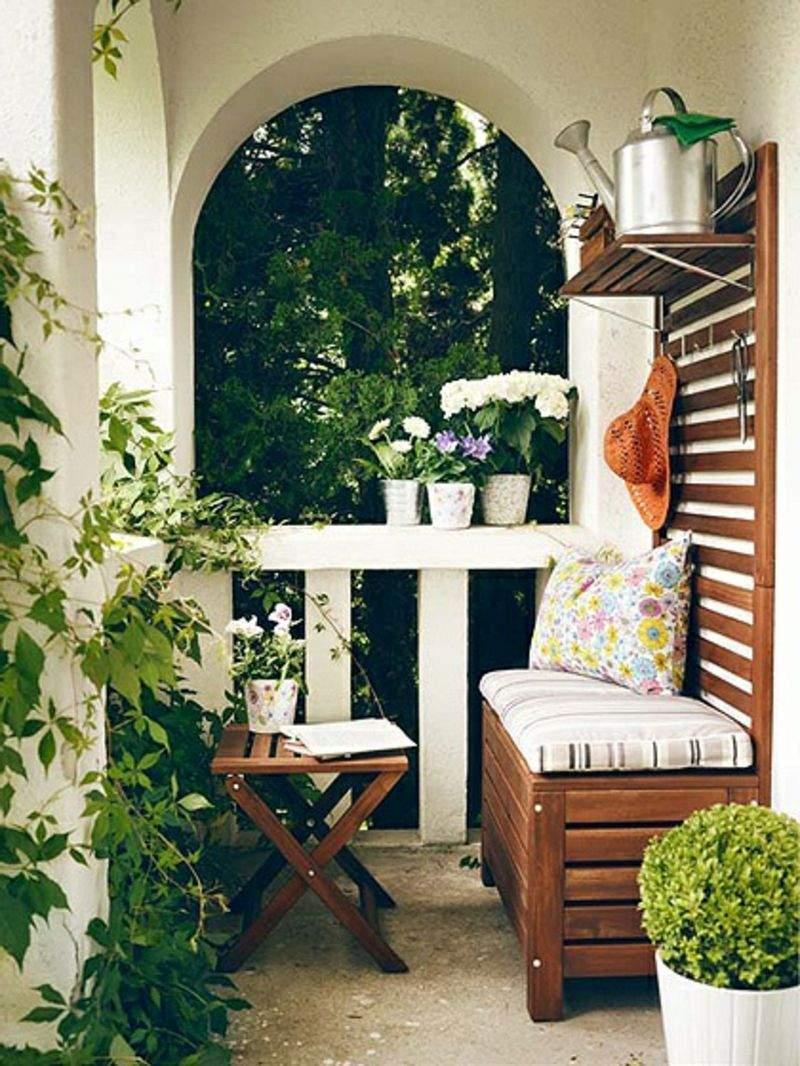 balkon bepflanzen gel C3 A4nder in weißer farbe