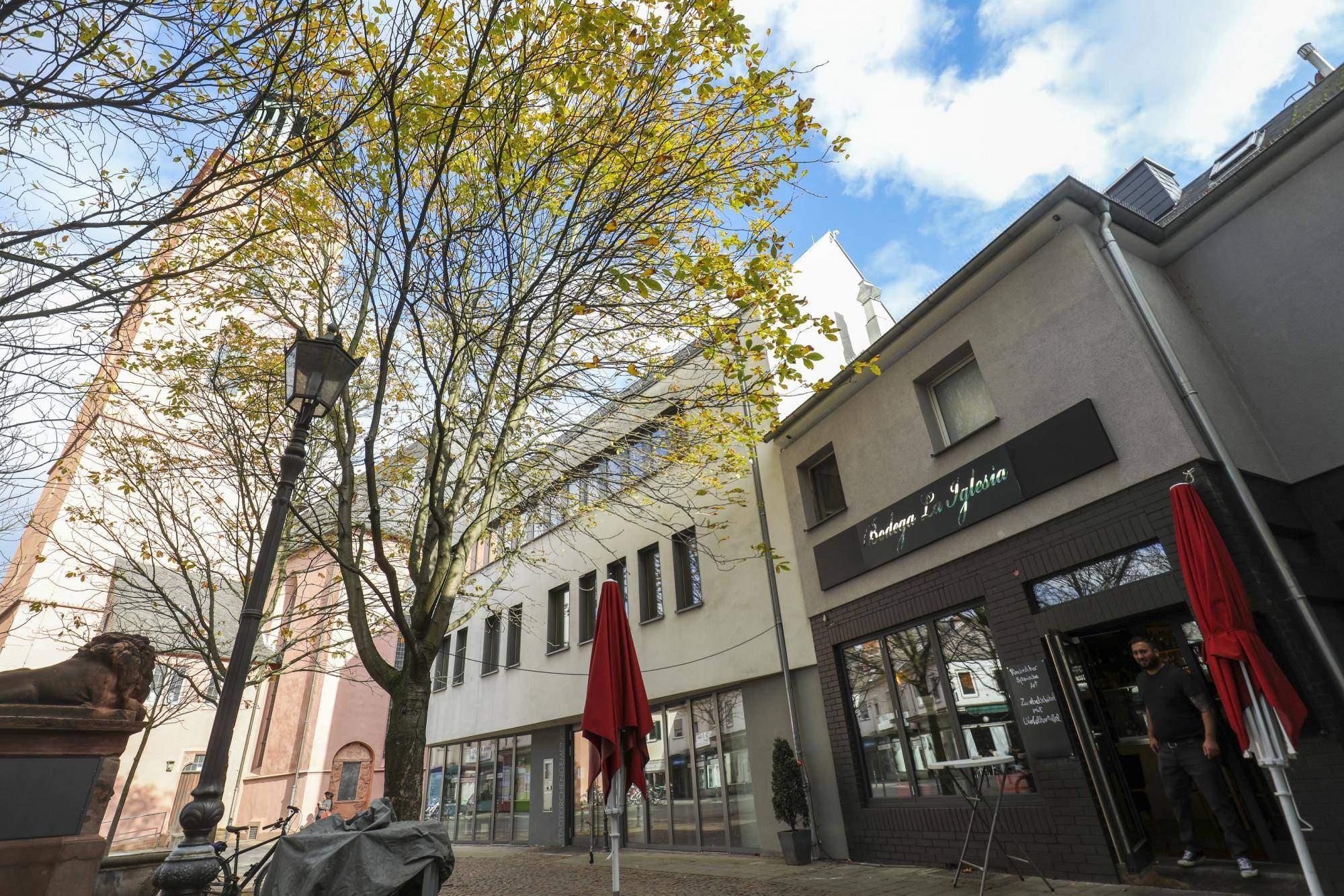 "Garten Frankfurt Luxus Bodega La Iglesia"" In Darmstadt"