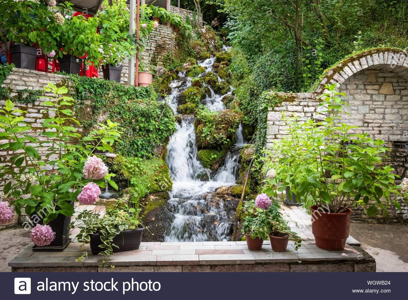 tepelena albanien juli 2019 das kalte wasser uje ich ftohte tepelene fruhjahr tepelena city wgwb24