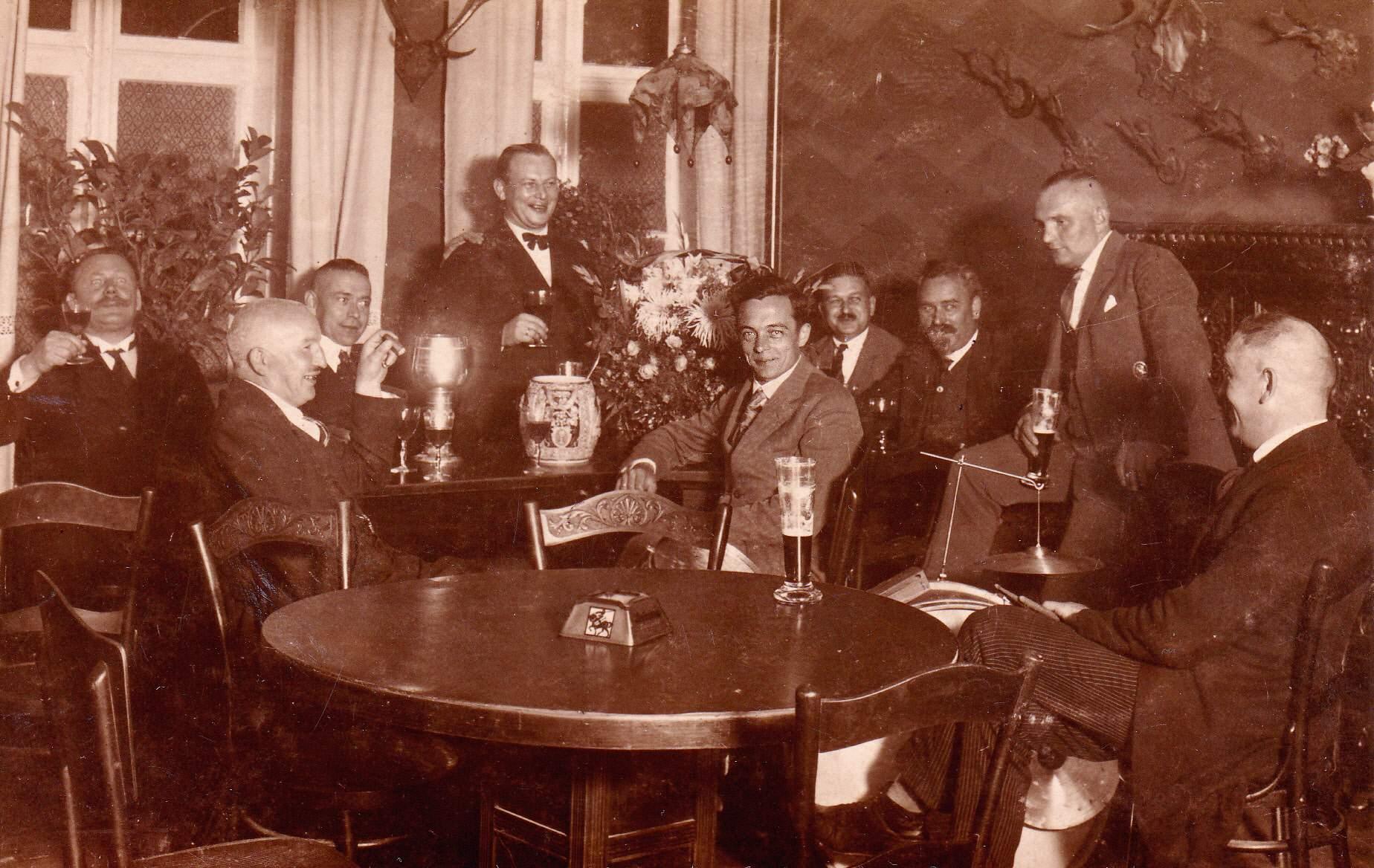 8 28 treff bei jotzer um 1935