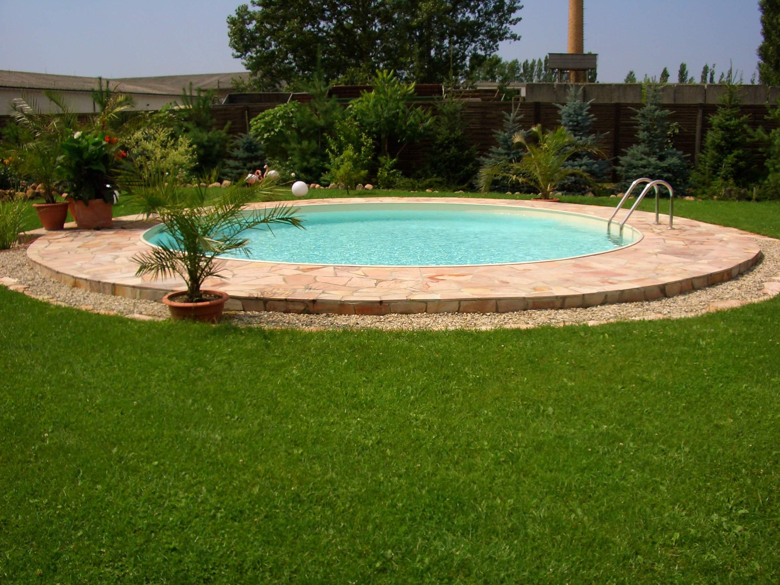 Sandfarb Pool