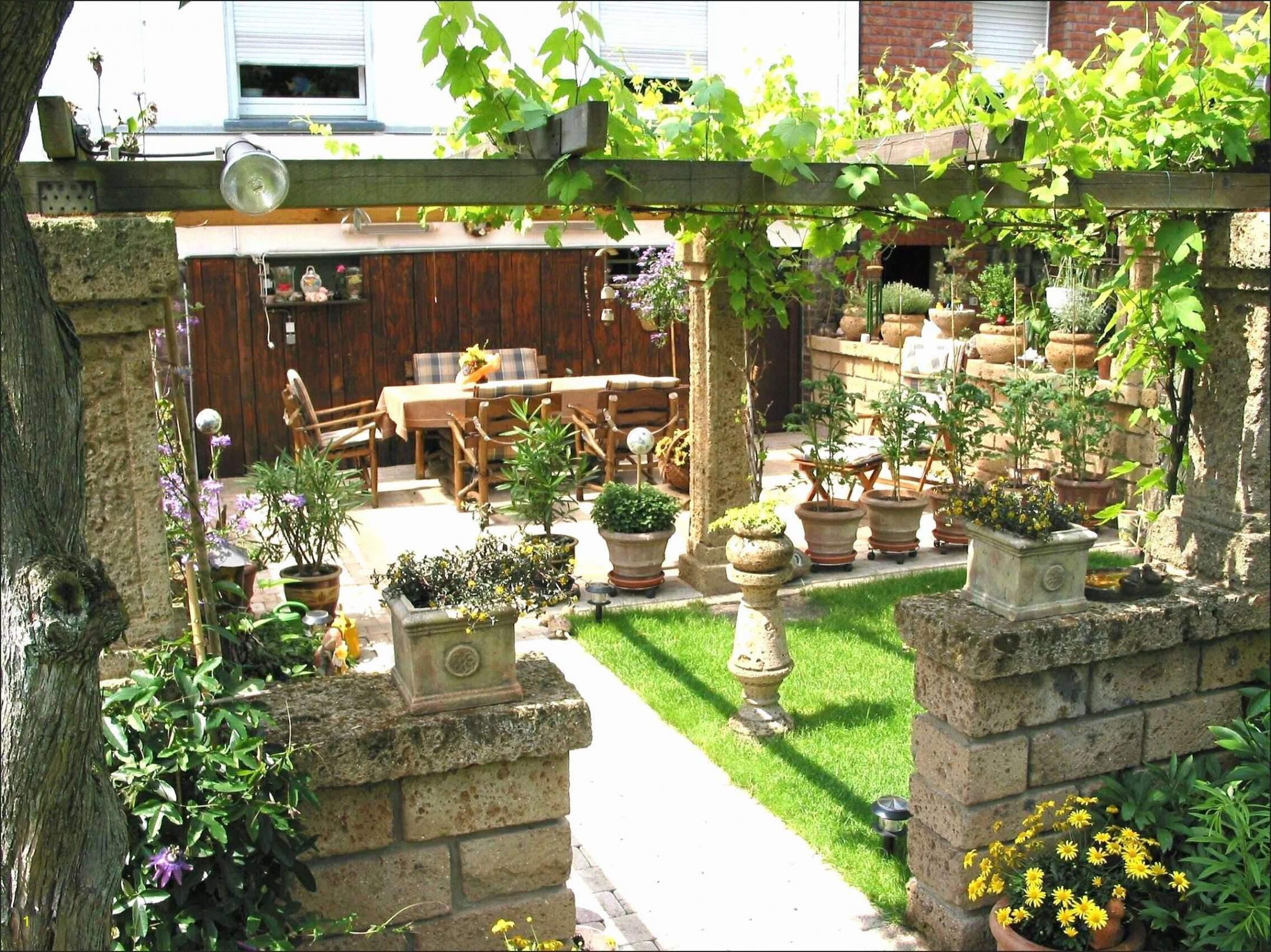 kleines beet gestalten einzigartig terrasse beet la terrasse kleinen garten gestalten kleinen garten gestalten