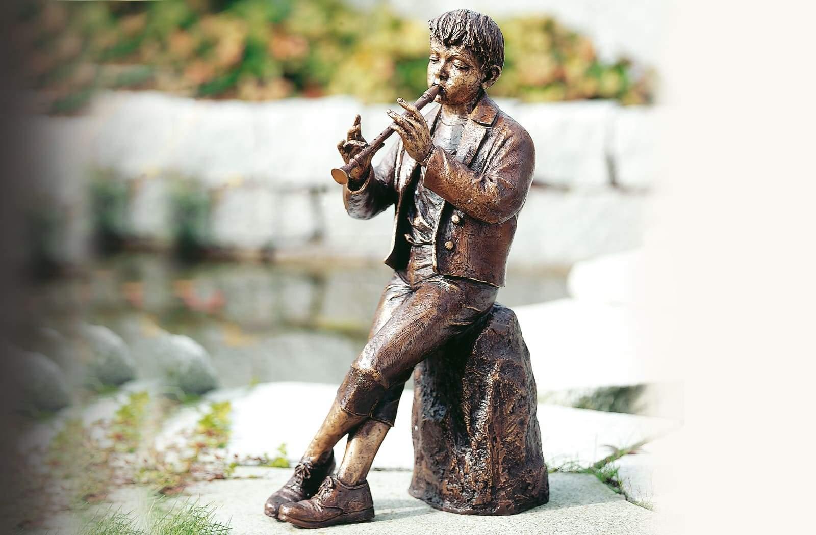 Floetenspieler Bronze Skulptur Leo Wirth