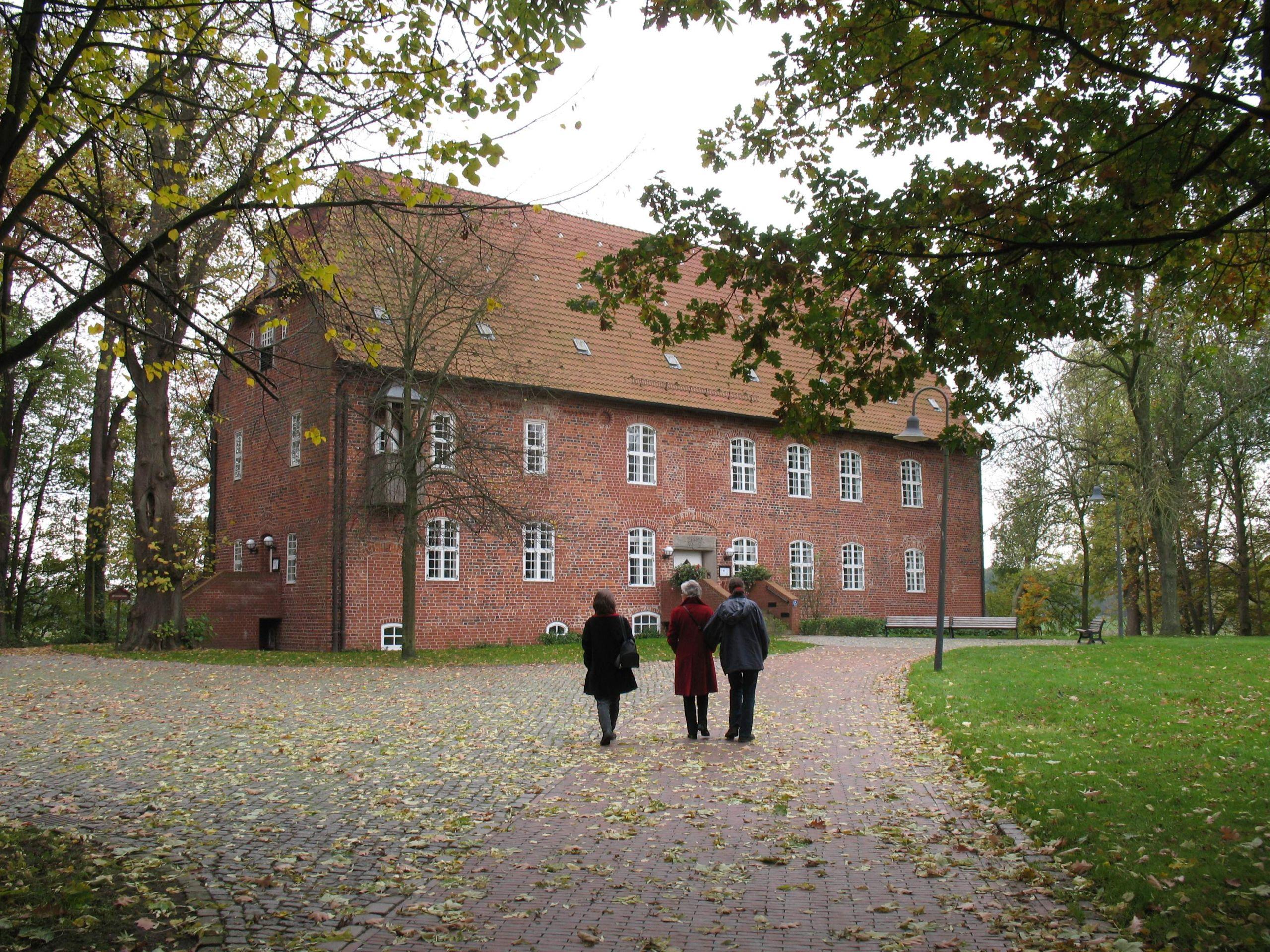 Burg zu Hagen im Bremischen JPG