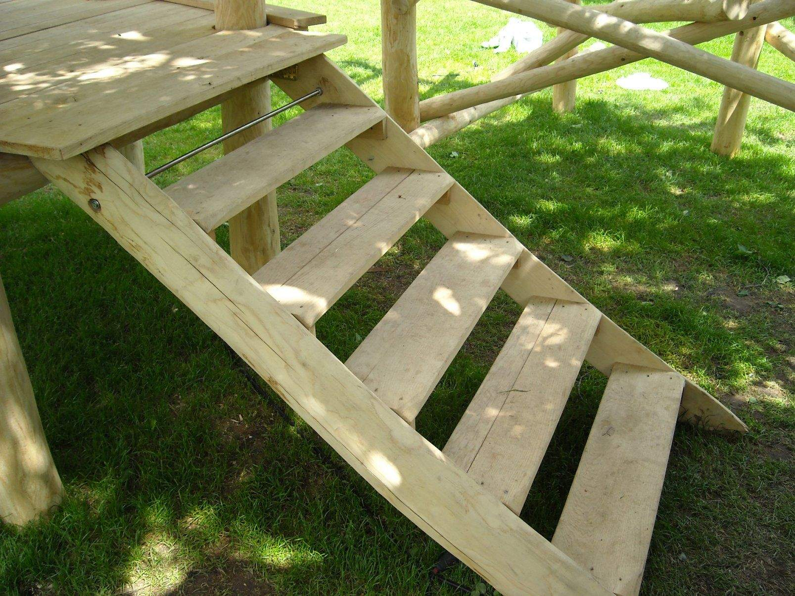 treppe aus holz bauen io47 hitoiro von holztreppe ausen selber bauen photo