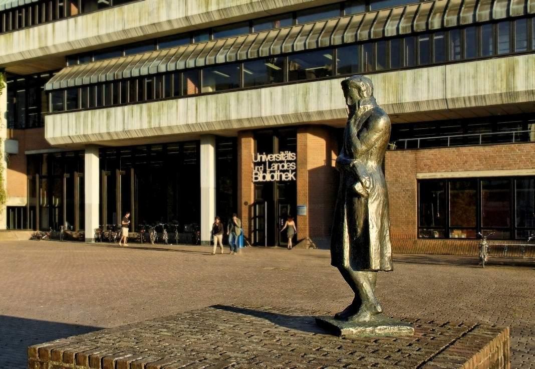 File Heinrich Heine Denkmal Universitaets und Landesbibliothek Duesseldorf