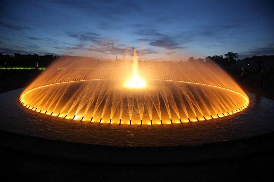 Spektakulaere Illumination im Grossen Garten