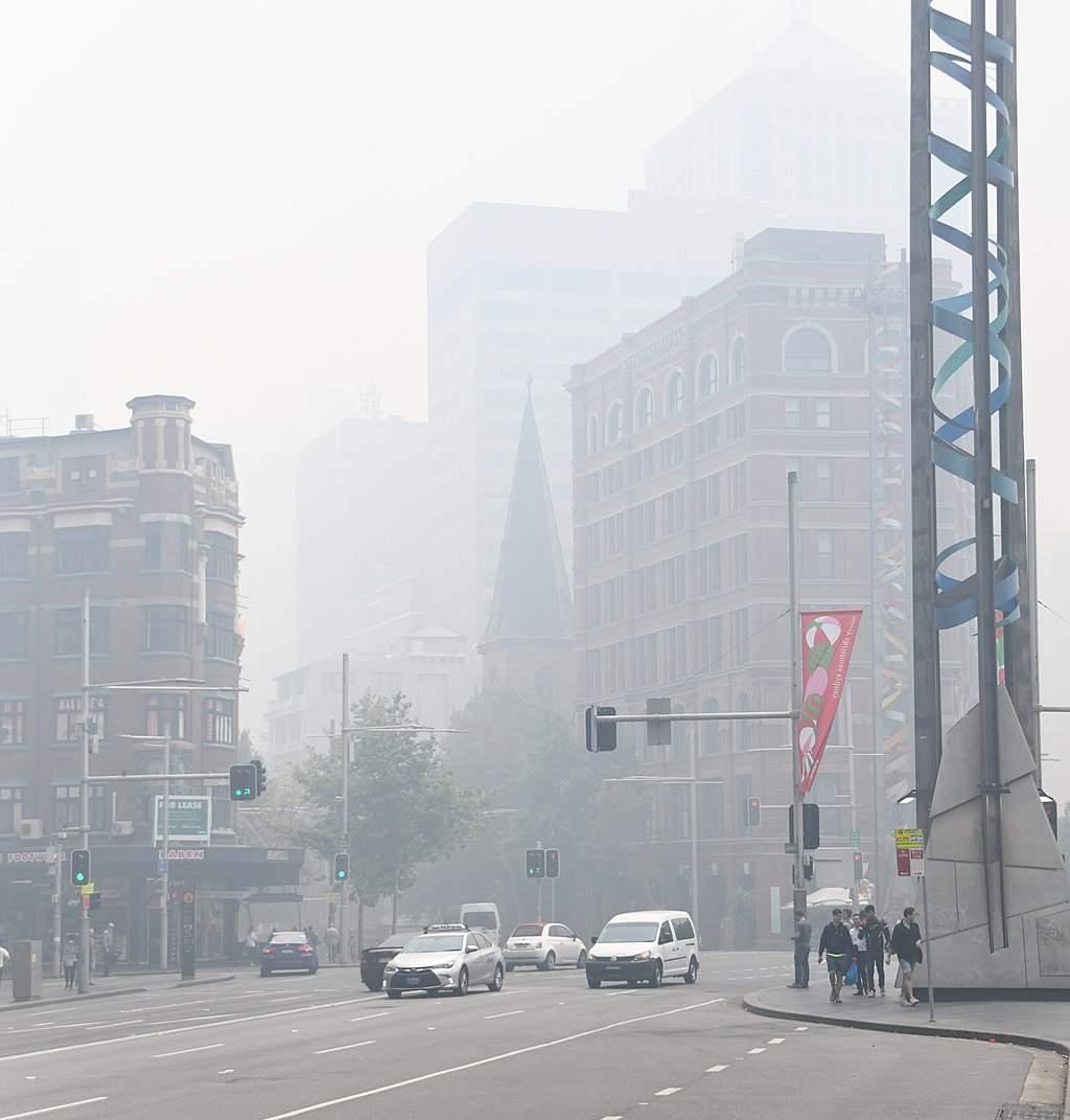 1024px Bushfire haze 001