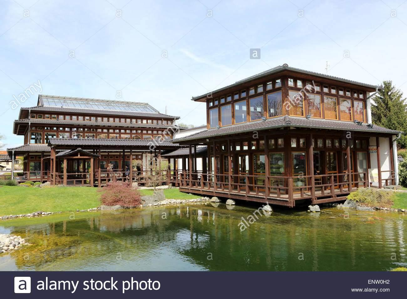 pavillons von zierteich im japanischen garten japanischer garten in bad langensalza deutschland enw0h2