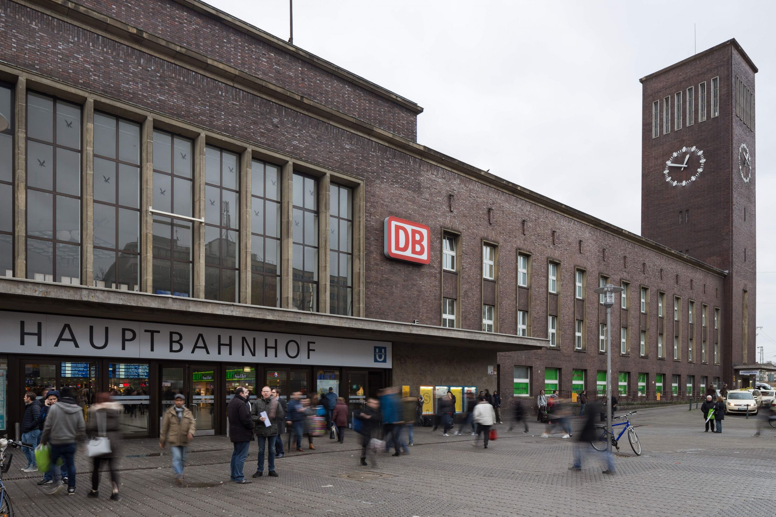 Duesseldorf main station Konrad Adenauer Platz Stadtmitte Duesseldorf Germany