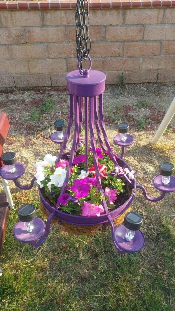 gartendeko selbstgemacht lila leuchter als pflanzenbeh C3 A4lter