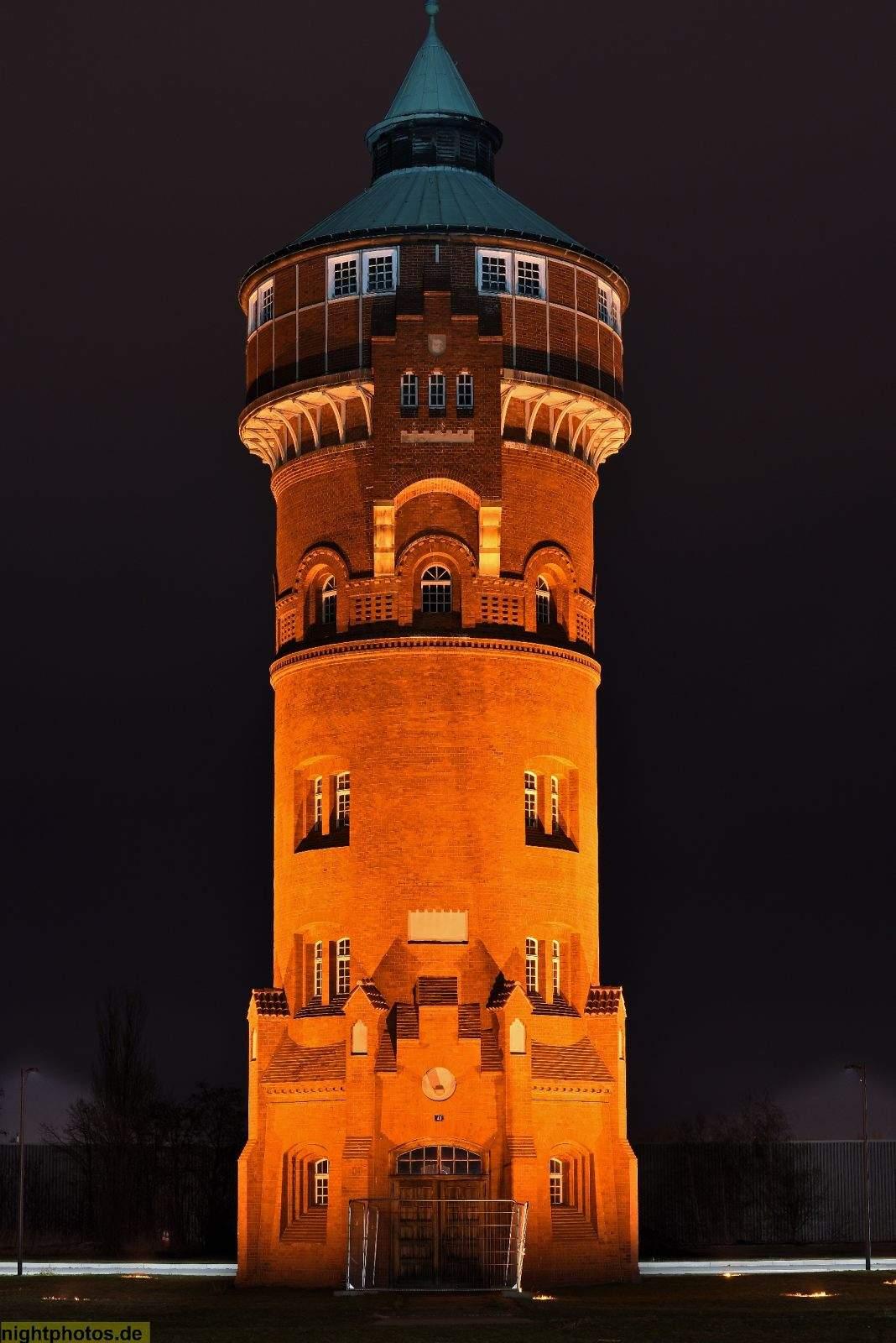 NP 2017 03 03 06 Berlin Tempelhof Marienpark ehem Gaswerk Mariendorf erb 1900 1901 alter Wasserturm medium large 2x