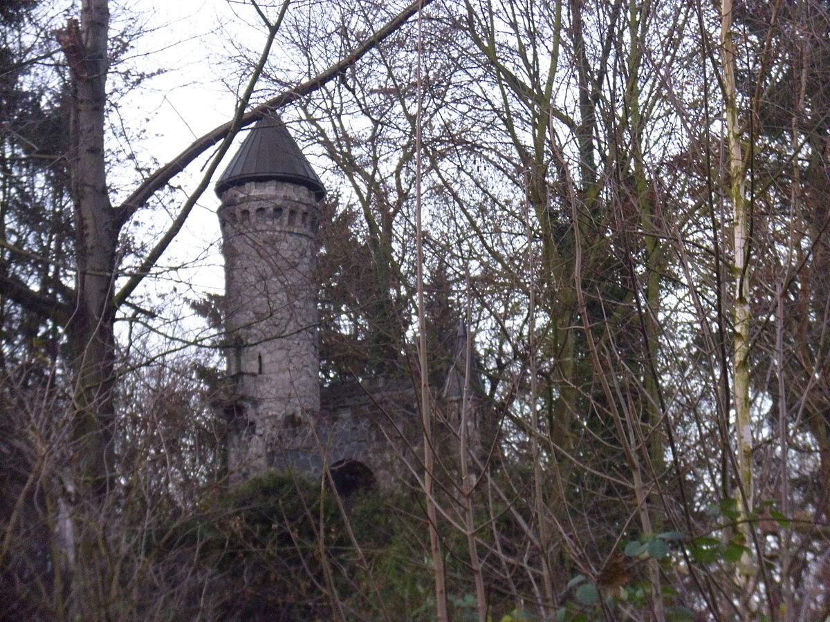 1200px Burg Henneberg Marienhof 8 Hamburg Poppenbüttel