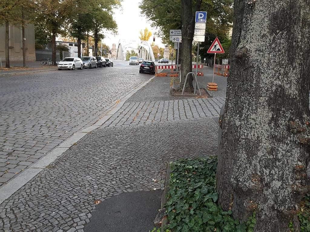 Planckstr Kopfsteinpflastereinfahrt