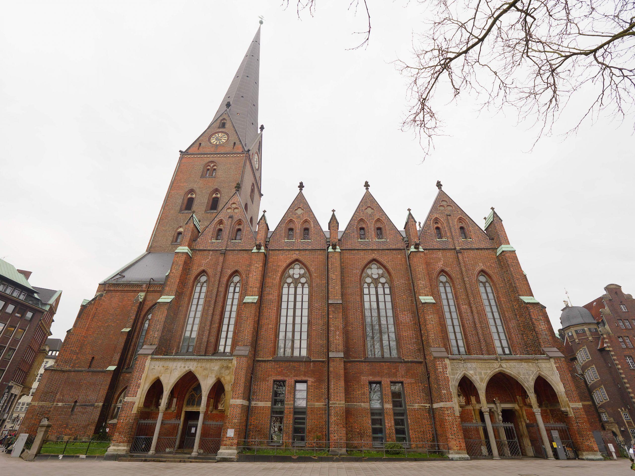Sankt Petri Suedansicht Hamburg