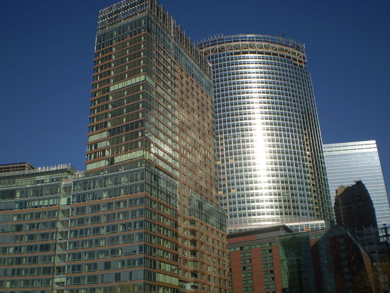 1280px Goldman Sachs New World Headquarters JPG
