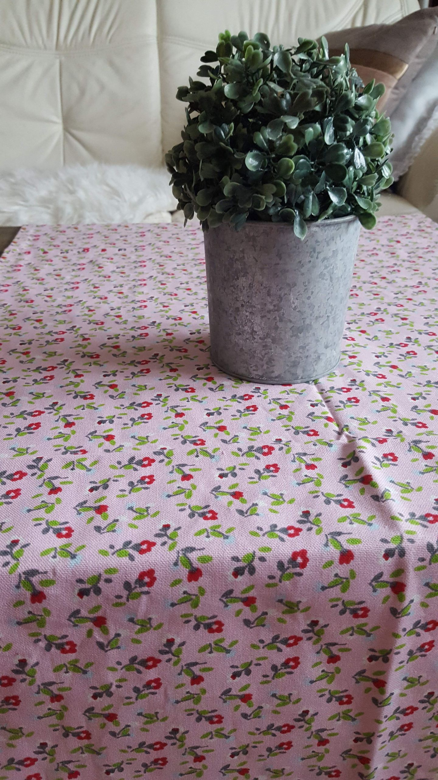 Tischdecke rosa Blumen Krasilnikoff