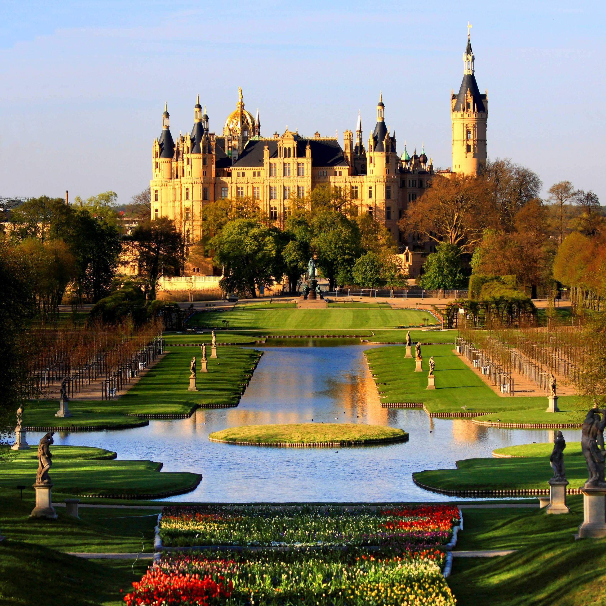 Schwerin Palace Park Garden Mecklenburg Germany Schweriner Schloss Garten BUGA 2009