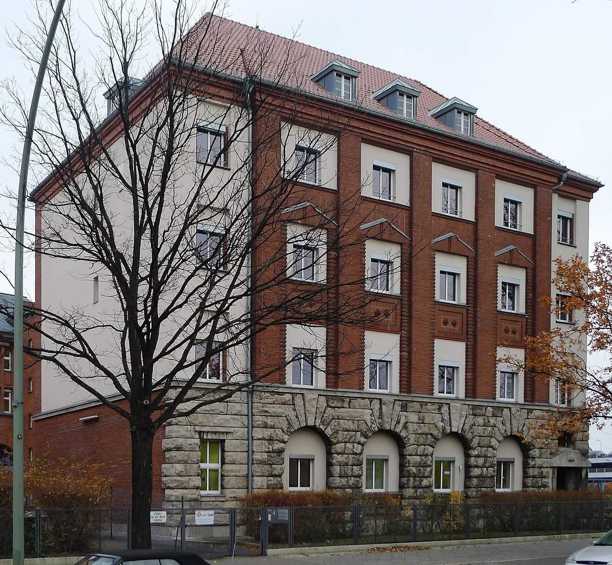 1200px Forckenbeckstraße 4 Berlin Schmargendorf a JPG