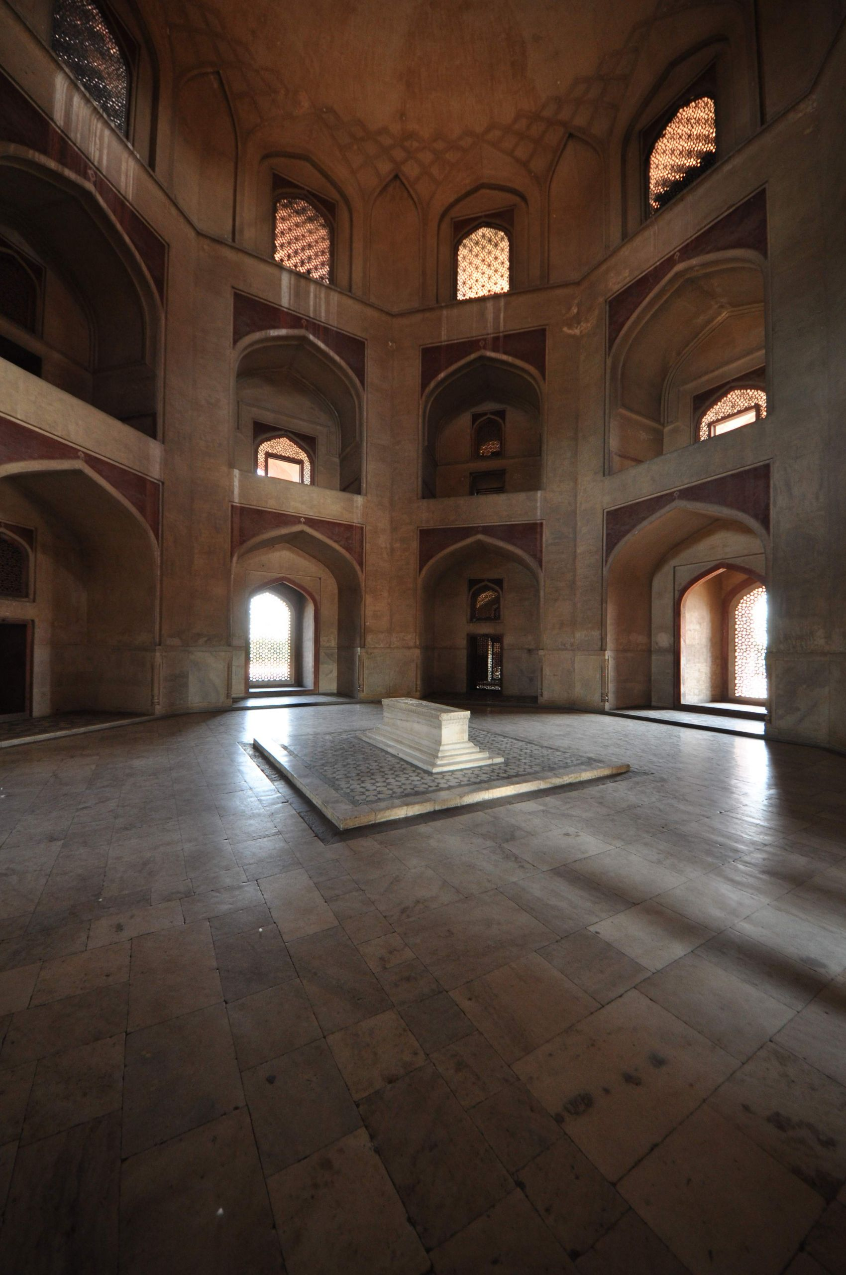 Humayuns Tomb innen JPG