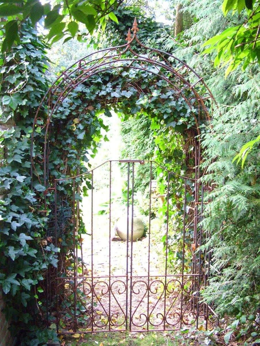 Torbogen Garten Schön Rosenbogen Mit Tür Metall Rost Rund Ohne Zierspitze