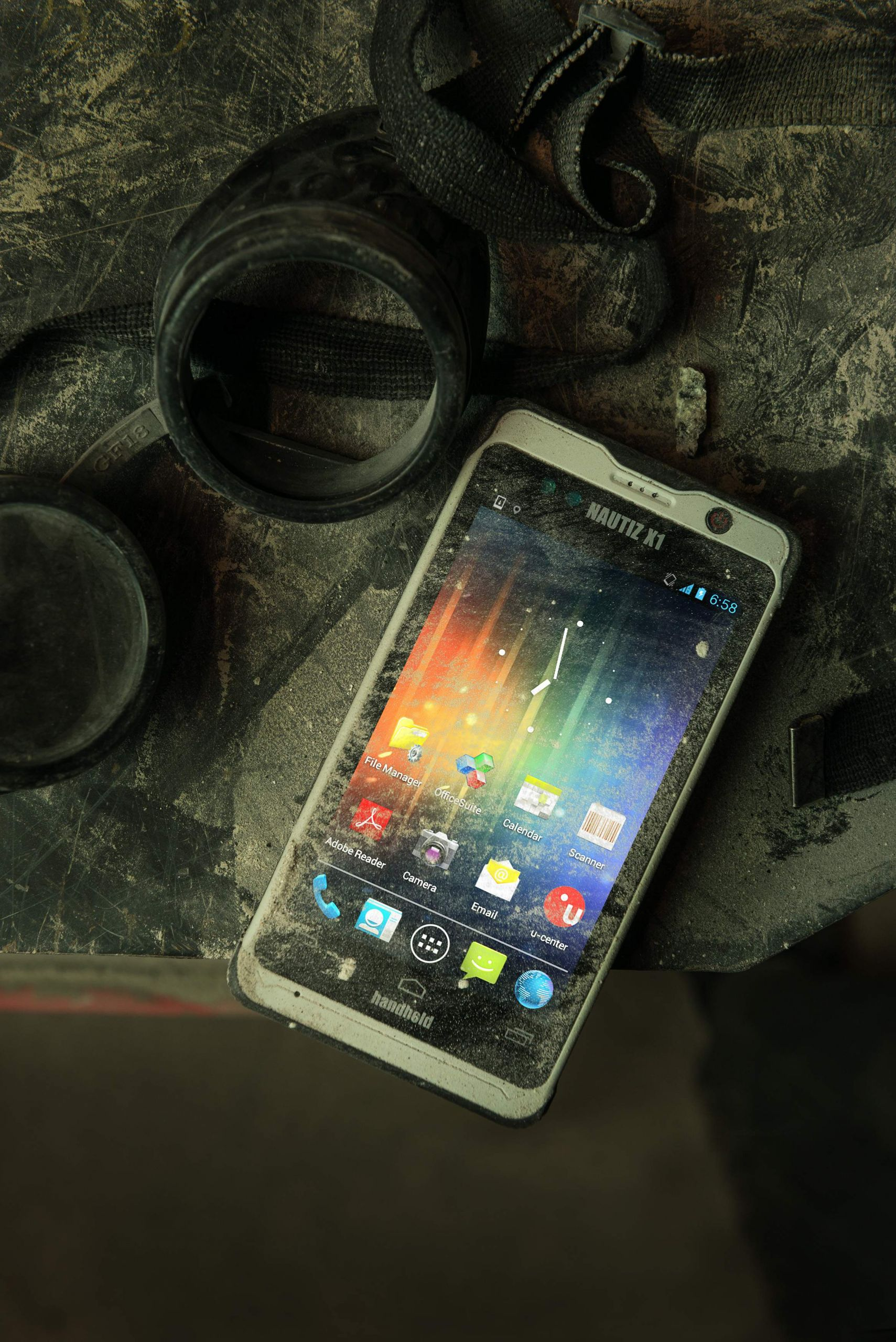 Nautiz X1 IP67 rugged enterprise smartphone gorilla glass