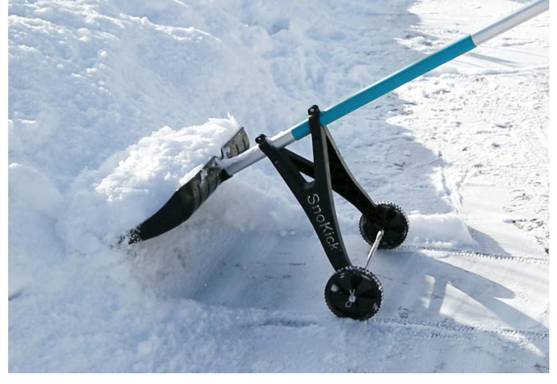 clevere schneeschaufel hilfe 1761