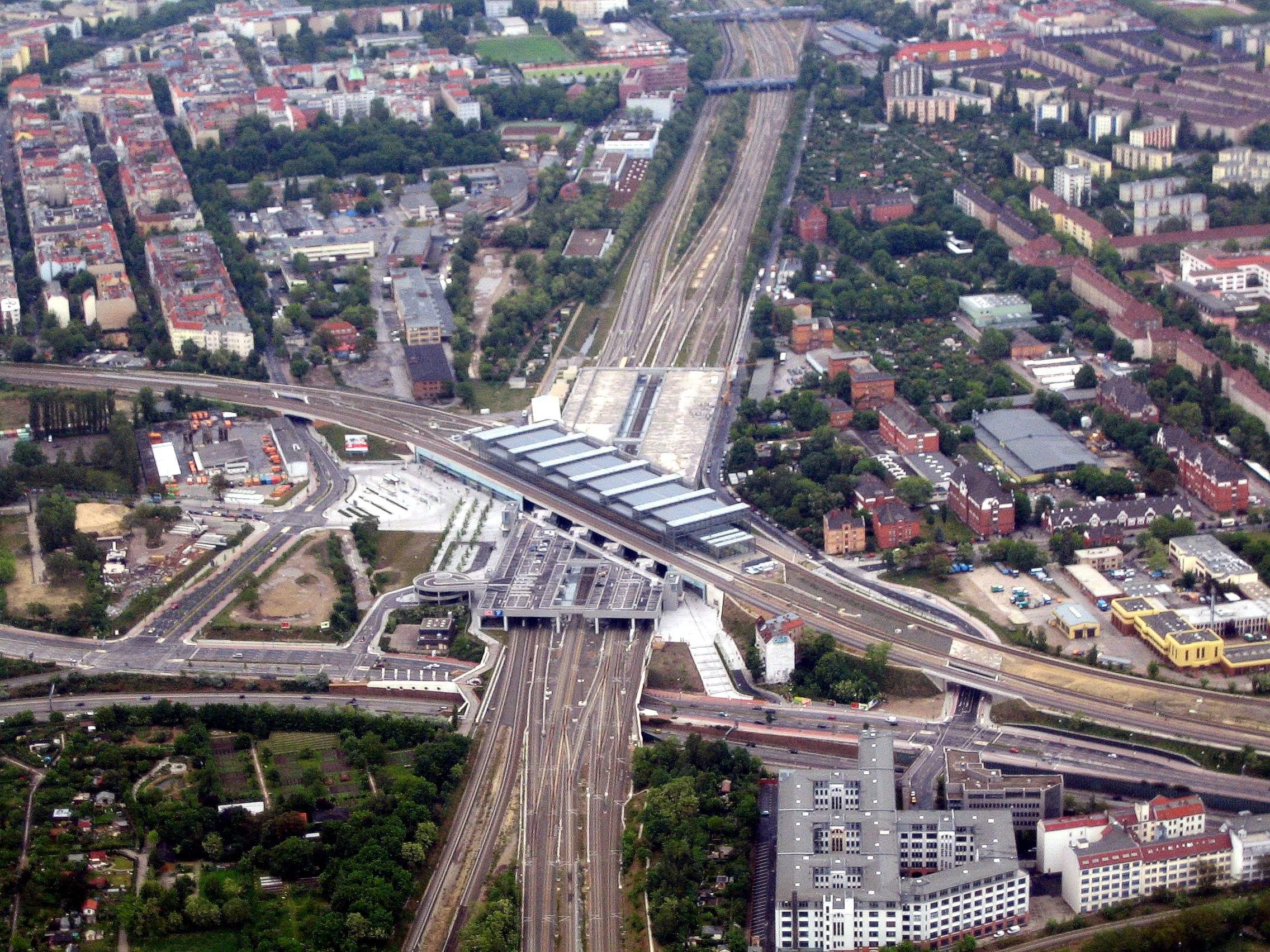 Bahnhof Berlin Südkreuz denis apel JPG